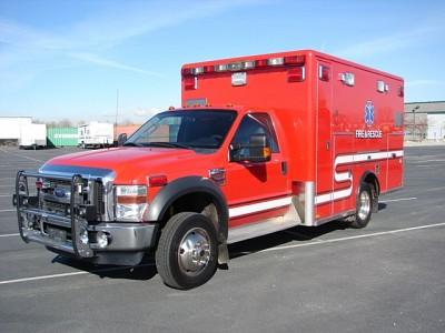 2009 Ford F450 Ambulance - $31,000.00
